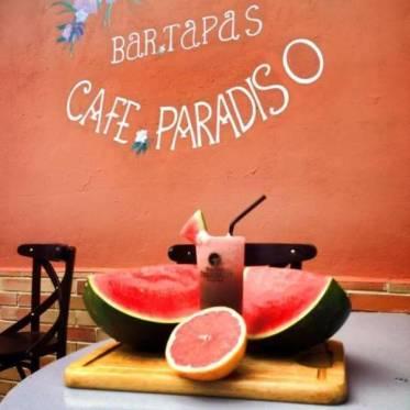 Le Paradiso : Pour le partage, les amis et la pétanque