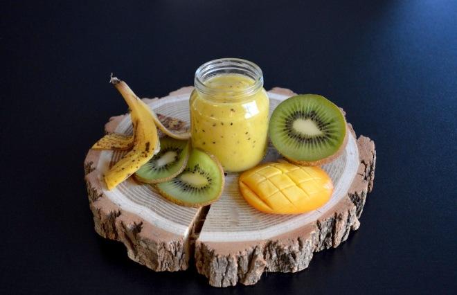 recette-petit-pot-compote-mangue-kiwi-banane-bebe